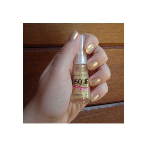 Nail polish Risqué Fortuna yellow pearly 8ml